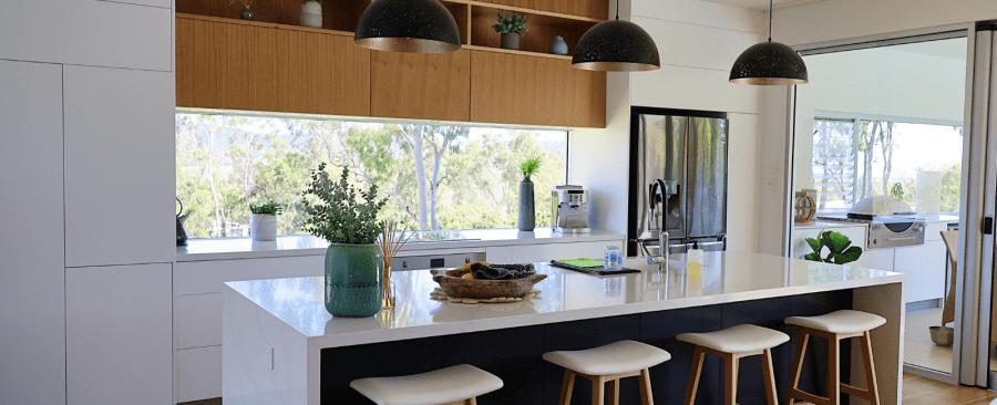 Whitsundays – Modern Kitchen